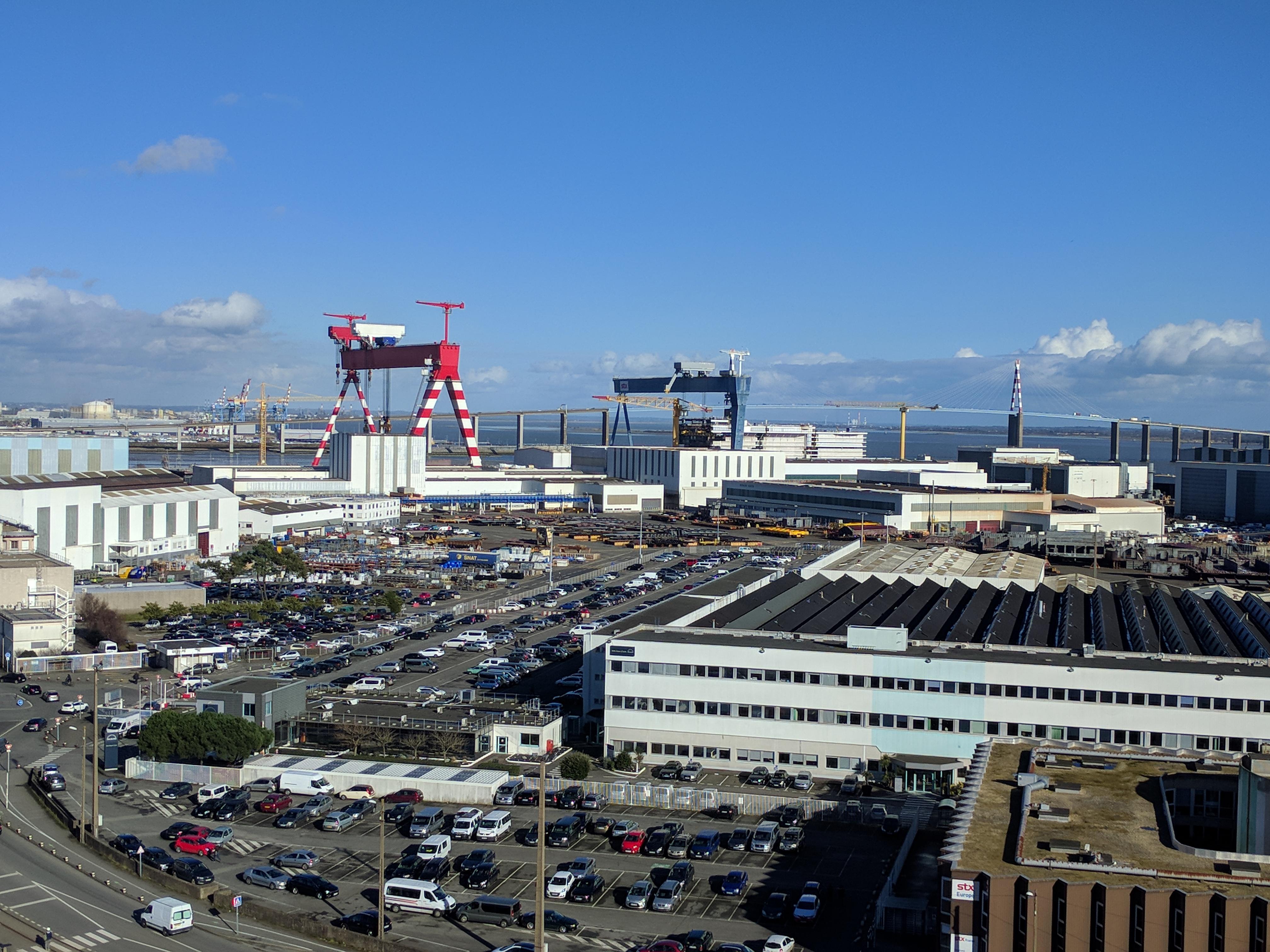 vue sur les chantiers de l'atlantique