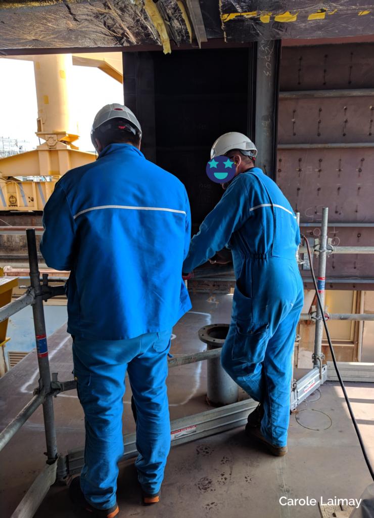 travailleurs sur les chantiers de l'atlantique